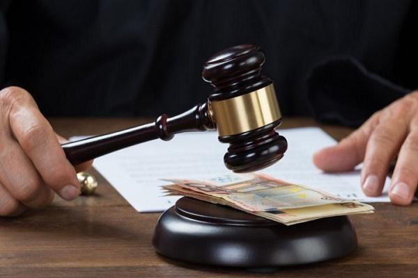 На Тернопільщині колишній працівник РДА постане перед судом