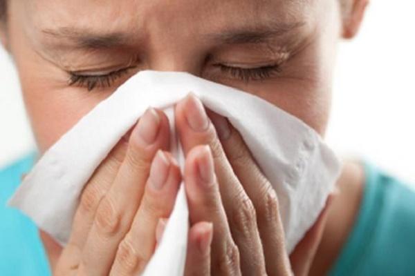 Тернопільські лікарі: яких помилок допускають хворі, лікуючи нежить?