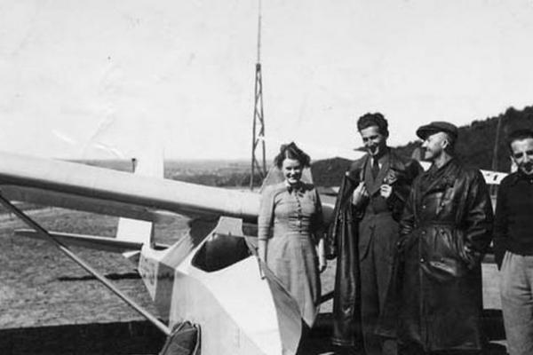 Кременецька планерна школа «Соколина Гора» у 30-х роках (Фото)
