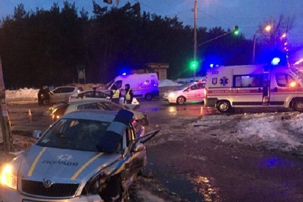 В нічних погонях за порушниками у Києві та Рівному постраждали поліцейські (Відео)