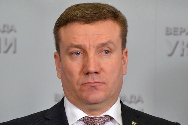 Народний депутат наголосив, у тернопільський «МакДональдз» нікого не ведуть силоміць