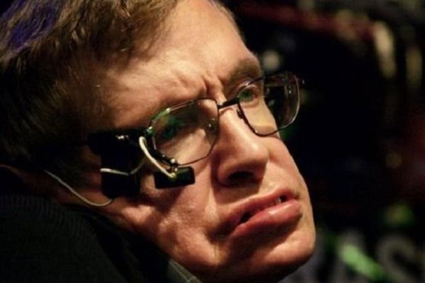 Помер відомий фізик Стівен Гокінг