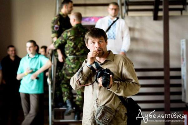 «Ще не чув, щоби журналісти посварилися через прем'єру в театрі», – тернополянин Тарас Савчук