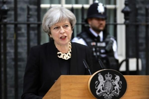 Велика Британія висилає російських дипломатів