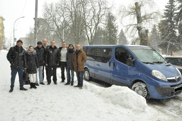 У ТДМУ придбали мікроавтобус для потреб українських військовослужбовців