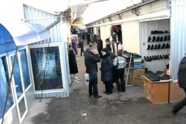 20-річний тернополянин обікрав кіоск на центральному ринку міста
