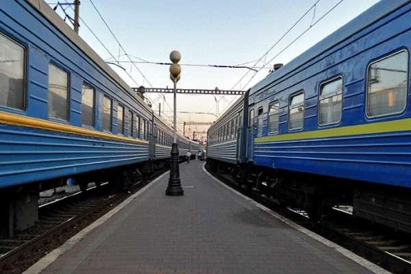 У квітні тернополяни матимуть додаткові потяги
