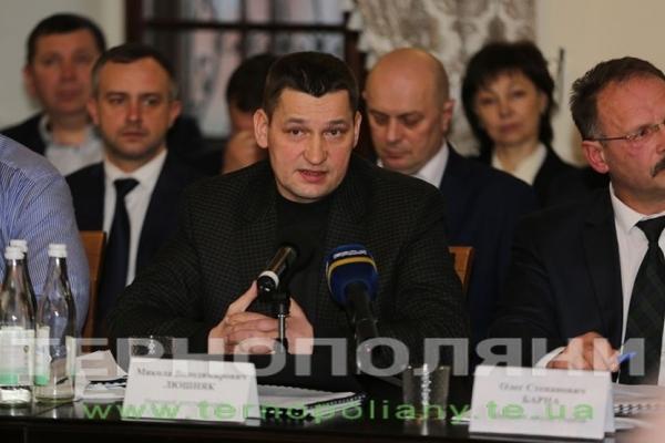 Микола Люшняк пропонує «відщепити» частину акцизу на алкоголь для розвитку інфраструктурних проектів області