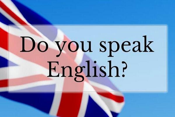 Тернопільській молоді вчити англійську мову помагає волонтер із США