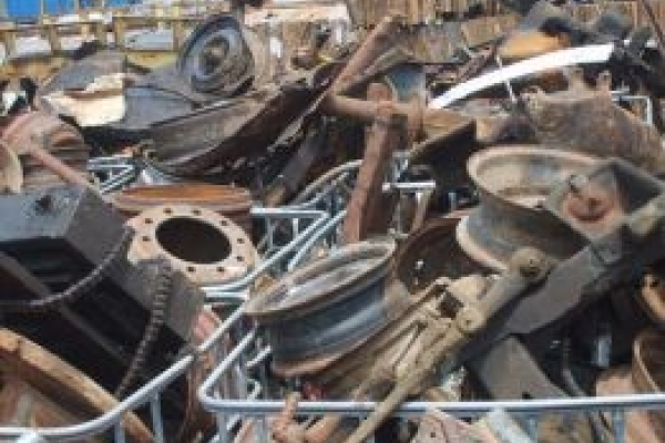 Житель Тернопільщини розібрав чужий комбайн на металобрухт