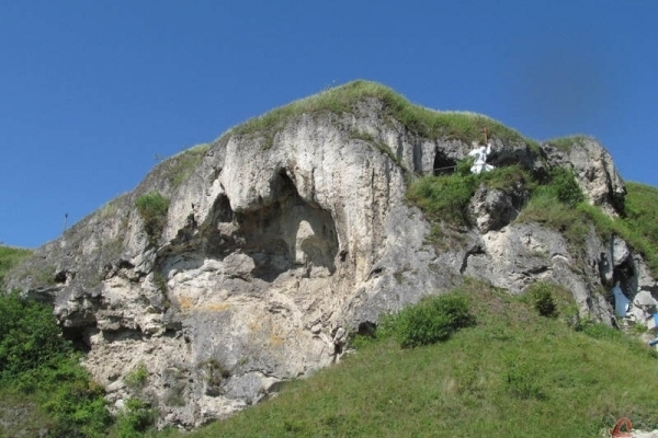Сакральні скелі і скульптура Пінзеля у Рукомиші