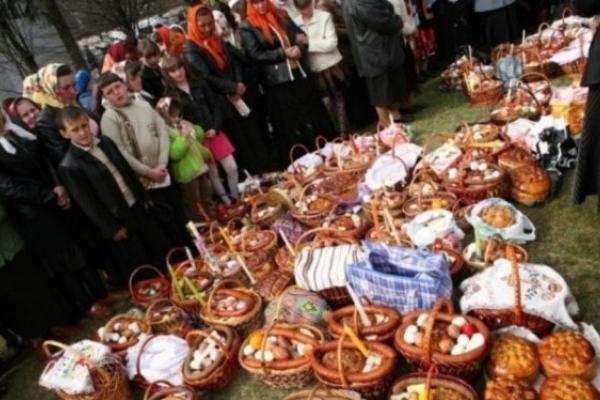 Розпорядок богослужінь у тернопільських церквах на Пасху