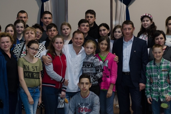 Як діти із Східної України відсвяткували Великдень на Тернопільщині