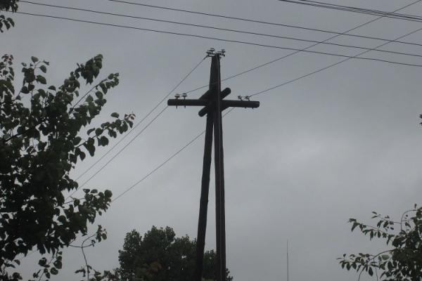 На Тернопільщині загорілася електроопора