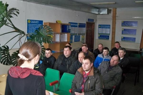 У Гусятині 80% учасників ярмарку вакансій отримали роботу у ПАП «Аркадія»
