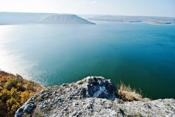 Подільські Товтри – пагорби, що виникли на дні прадавнього моря
