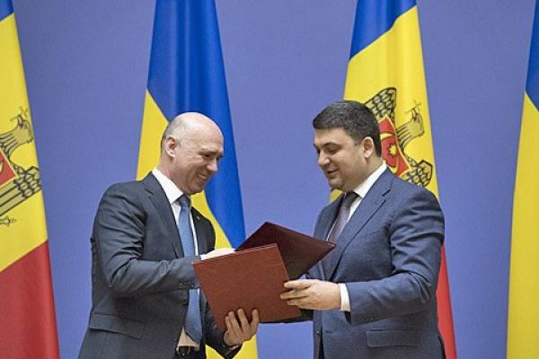 Гройсман пообіцяв Молдові не будувати ГЕС на Дністрі без схвалення екологів