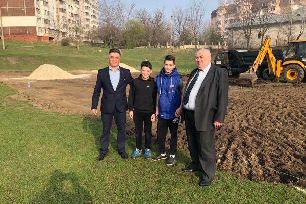 Це буде практично новий стадіонний комплекс, - Михайло Ібрагімов про будівництво спортмайданчика в Тернополі
