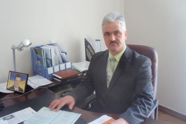 Міський голова Кременця ветував рішення депутатів про школи