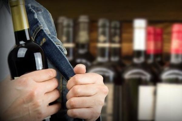 Безвісти зниклий з Одещини вкрав алкоголь на Тернопільщині