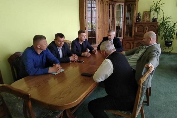 У Тернопільській районній раді відбулося обговорення перспективного плану формування громад району