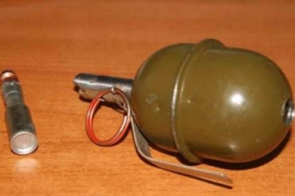 На Тернопільщині чоловік зберігав гранату у власному будинку