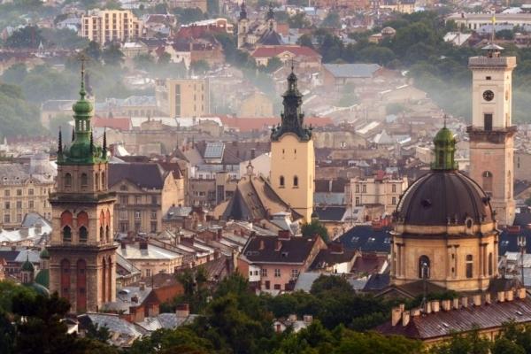 Вихідні у Львові оголосили робочими днями, щоб запобігти карантину