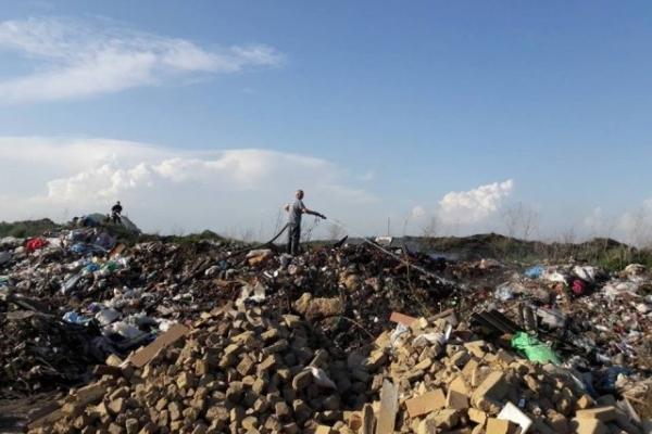 На Тернопільщині горіло сміттєзвалище (Фото)
