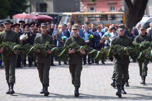День пам яті та примирення відзначили у Тернополі (Фото) 3b8ad81b98a0a