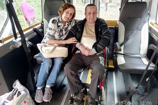 У Тернополі працює «Соціальне таксі» (Фото)