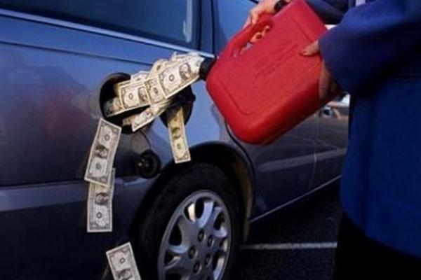 Деякі мережі АЗС підняли ціни на бензин і дизельне пальне