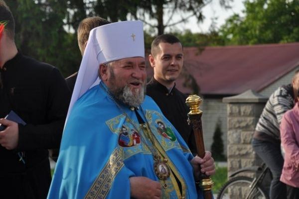 Урочистий Молебень до Пресвятої Богородиці у Великогаївській церкві відслужив Владика Василь Семенюк
