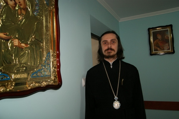 Архієпископ Тернопільський і Кременецький ПЦУ Нестор закликав вірян молитися вдома і берегти здоров'я ближніх