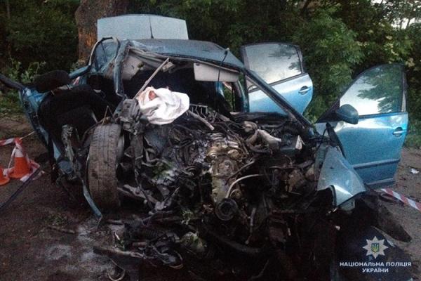 У Підволочиському районі на Тернопільщині – жахлива ДТП із двома загиблими