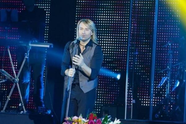 Олег Винник на концерті довів тернополян до сліз (Відео)