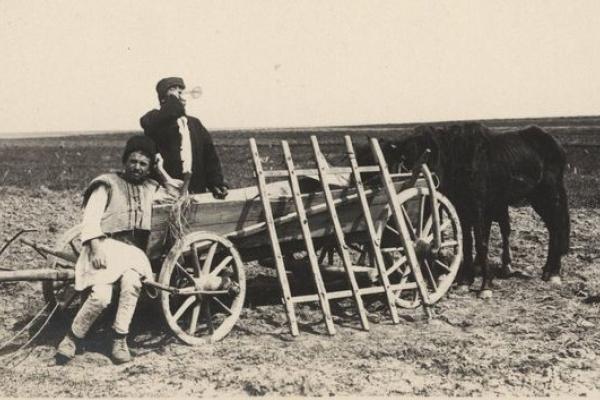 Мешканці Заліщицького повіту на ретро фото