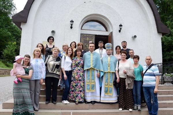 У Зарваниці митрополит клав руку на голови тернопільських журналістів і казав, що вони найкращі