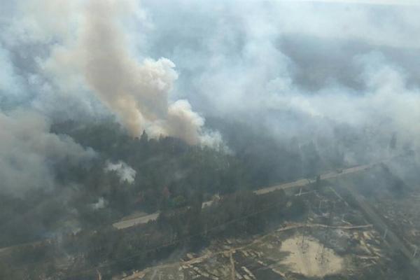 У Держагенстві розповіли, куди дме вітер із пожежі під Чорнобилем (Фото)