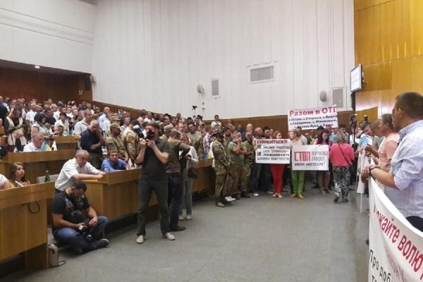 Скандал на Тернопільщині: «Радикали» здобувають – «Свобода» втрачає