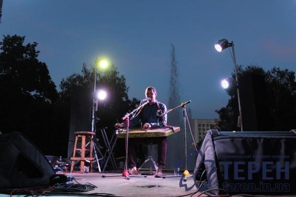 Тернополяни дізнались сенс мелодій фіналіста шоу «Україна має талант» (Відео)