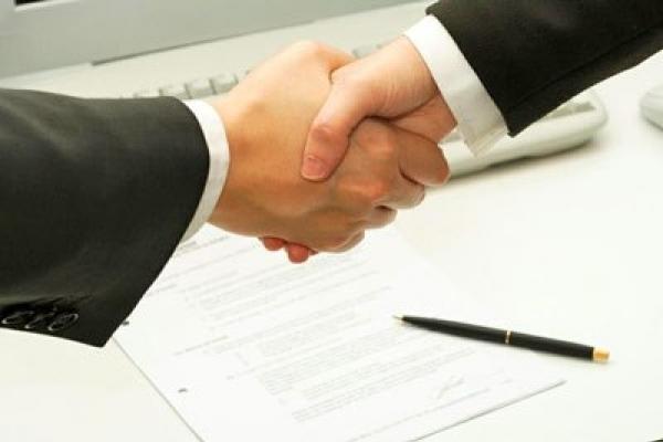 Тернопільська міська рада та районна рада уклали договір про міжбюджетний трансферт на освітні послуги