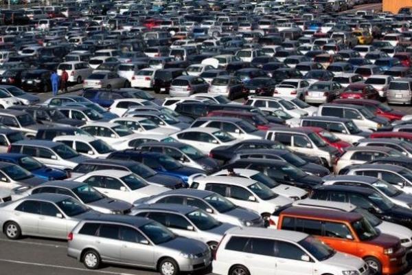 Рада планує знизити податок на ввезення авто на єврономер