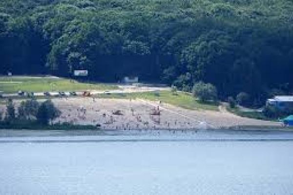 Дальній пляж у Тернополі внесли у список заборонених для купання
