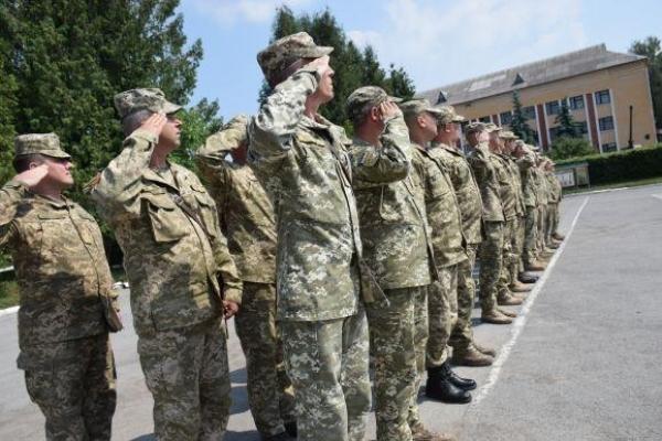 Чим живуть військові на ротації у Тернополі (Фото)