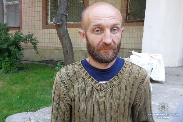 У Тернополі продовжують шукати особливо небезпечного злочинця, який за місяць убив трьох людей (Відео)