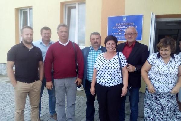 Тернопільські лікарі-волонтери допомагають геріатричному будинку