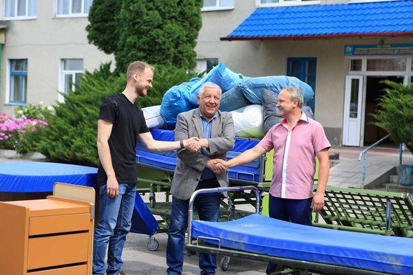 Лановецька лікарня отримала допомогу від міжнародних партнерів (Фото)