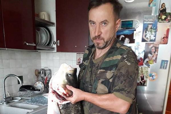 На Ланівецькому на Тернопільщині ставі впіймали 16-кілограмову рибу (Фото)