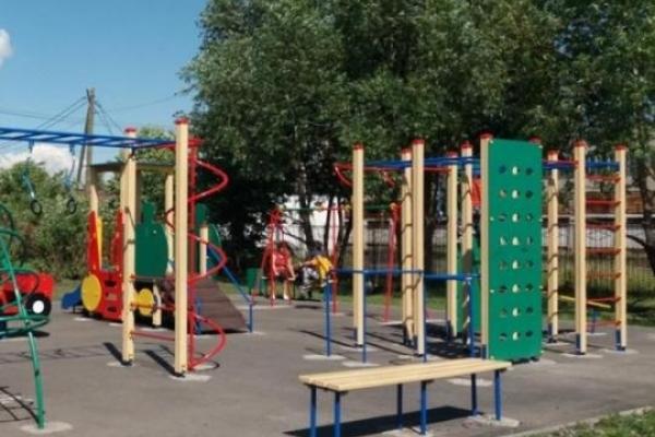 Ажіотаж навколо «педофіла» на дитячому майданчику під Києвом: поліція розповіла всю правду