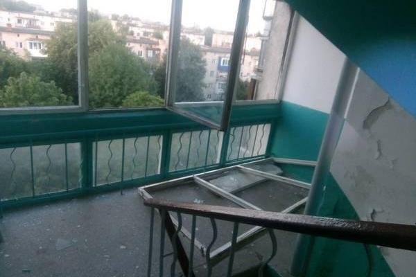 Тернопільські рятувальники показали наслідки вибуху в квартирі на вулиці Пушкіна (Фото)
